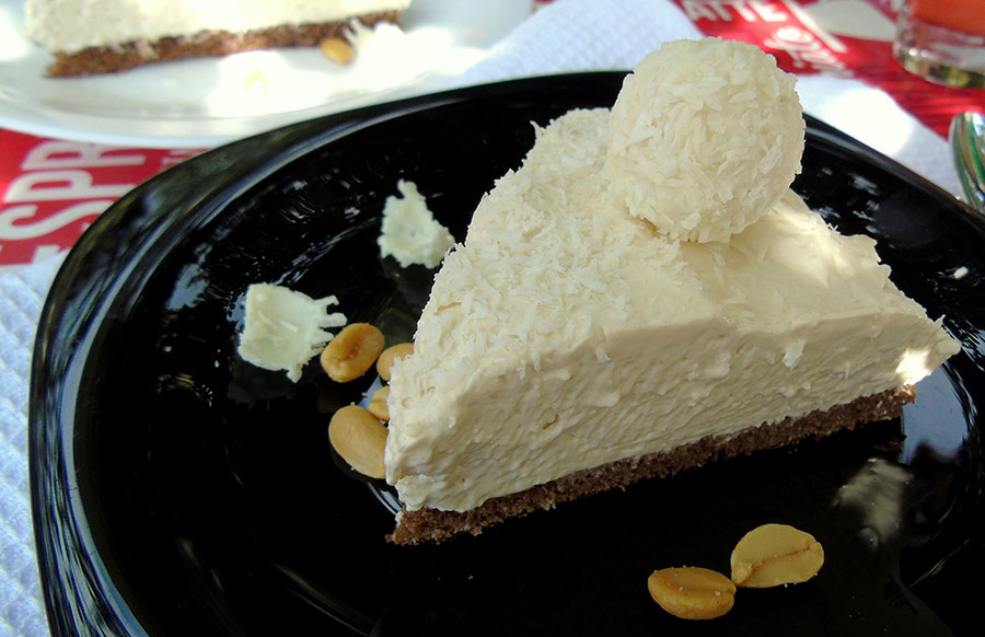 Creamy Cold Coconut Cake Recipe