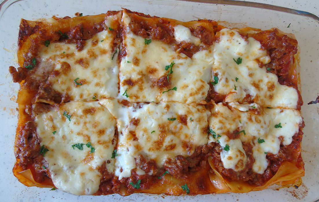 Lasagne – Italian Delicious Cooking Fantasy